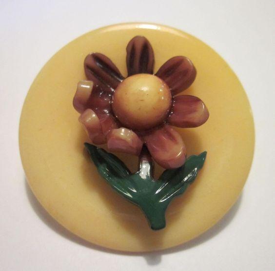 1&1/2 inch! Realistic Antique Vintage FLOWER CELLULOID Button!