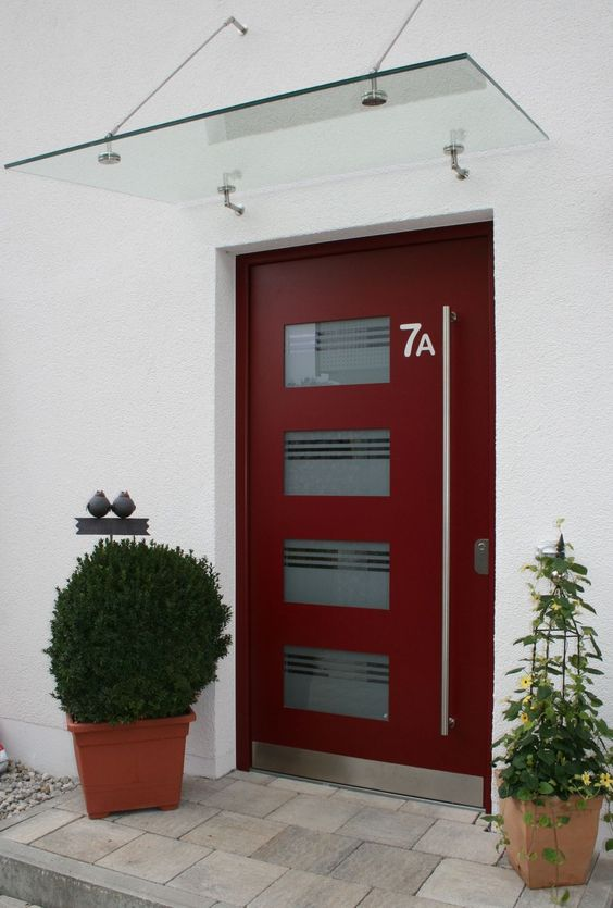 Puerta de entrada batiente de aluminio de seguridad for Puertas minimalistas exterior