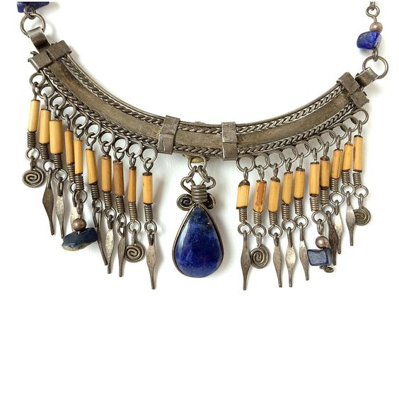 Wonderful Vintage Boho Exotic Sterling Silver Lapis Lazuli Necklace