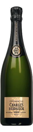 Charles Heidsieck Brut millésimé blanc 2000 - Champagne - 16.5/20 : Bouche avec une attaque ample et généreuse, milieu de bouche ample et généreux, des notes grillées, belle longueur, très mirabelle. Ce 2000 a une incroyable vitalité, avec de la fraîcheur...  En savoir plus : http://avis-vin.lefigaro.fr/vins-champagne/champagne/champagne/d17957-charles-heidsieck/v32348-charles-heidsieck-brut-millesime/vin-blanc/2000#ixzz3864I4B1E