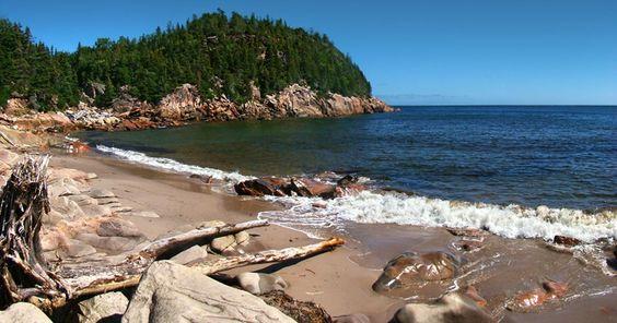 Por que uma ilha no Canadá está oferecendo terra e trabalho para quem quiser se…