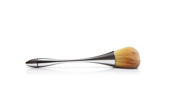 {cruelty-free brush} unique design; love the sleek handle