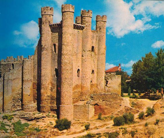 Le n fotos antiguas castillo de valencia de don juan for Fotos antiguas de valencia