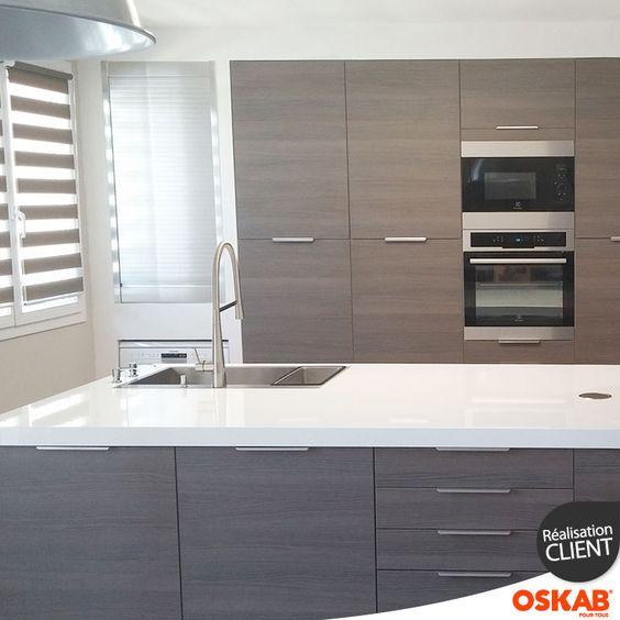cuisine ultra design en bois d cor noyer fum colonnes de. Black Bedroom Furniture Sets. Home Design Ideas