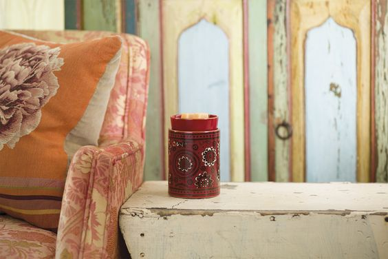 Free Spirit #Scentsy Warmer.  £39/ €46  http://ldnwicklesscandles.com  #candles #bougies