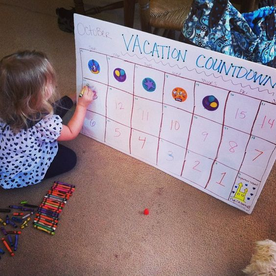 DIY Vacation Countdown Calendar.. Going to use for worlds of fun (July) and California (januAry)
