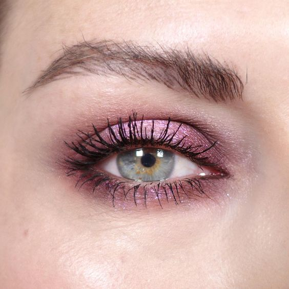 You can thank mac makeup upward lash mascara for this look!