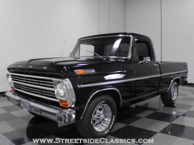 1967 Ford F100 Black Pearl