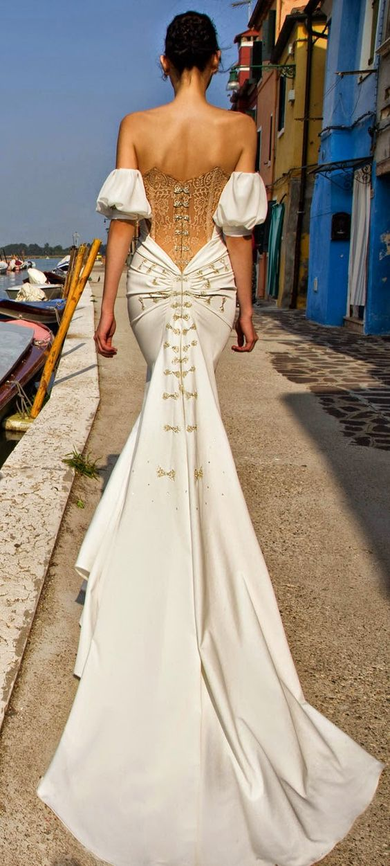 Elegant and romantic, backless Wedding Dress
