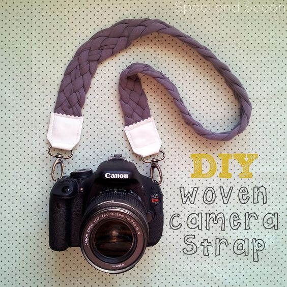 Spool and Spoon: DIY Woven Camera Strap. Might make this for my new binoculars :)