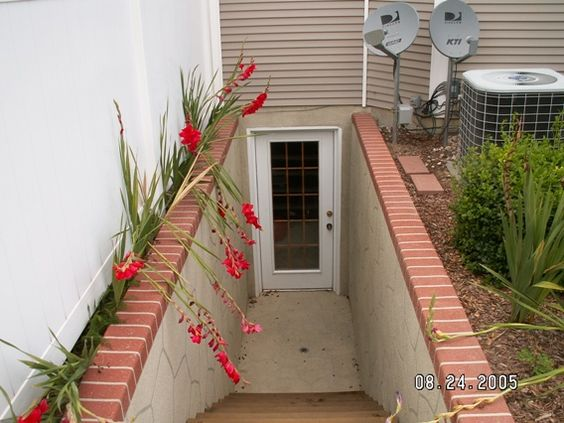 Basement entrance basement stairs pinterest entry for Basement entry ideas