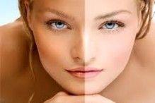 """Verschillende producten zijn er te koop, en ze beloven ons allemaal één ding: """"Snel een egale bruine tint."""" We hebben body lotion om snel bruin te worden, zonnebrand om bruin te worden, de zonnebank. Maar wat zijn de voor en nadelen van deze producten? En hoe werken ze?"""