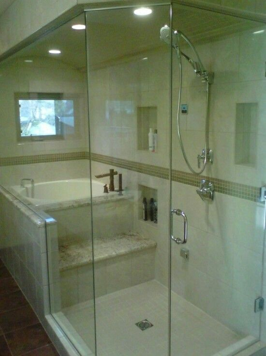 Tub Shower Combo With Built In Steps With Images Bathroom