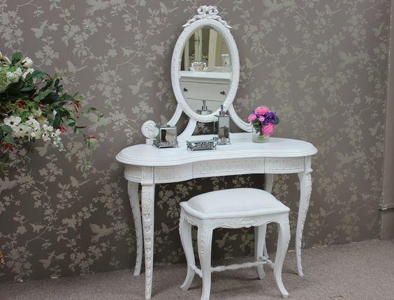 kidney shaped vanity, dressing table