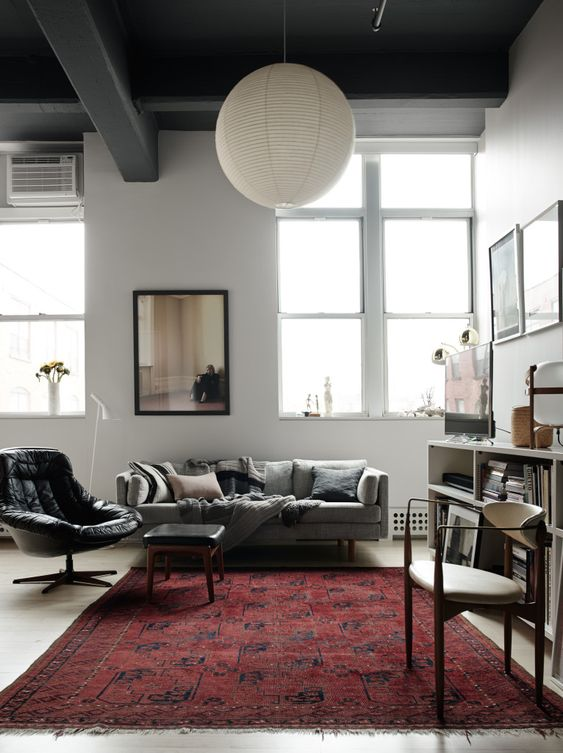 Living room in photographer Pia Ulin's stunning Brooklyn loft, via http://www.scandinavianlovesong.com/