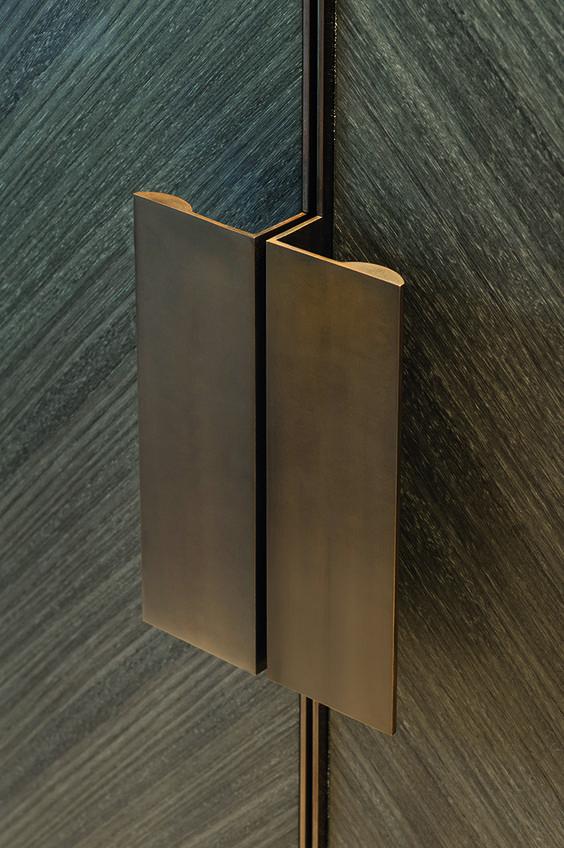 Joseph Giles 'moon' edge pulls in antique bronze finish... like the grain direction - top bookmatch idea