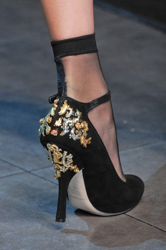 Dolce & Gabbana Style.com 2012 de Hazır Giyim Koleksiyonu Slayt Güz
