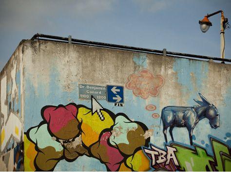 el artista urbano porteño Pix se dedica a intervenir las paredes y objetos de la ciudad de Buenos Aires con un tan genial como obsesivo trabajo de retratos e iconos pixelados