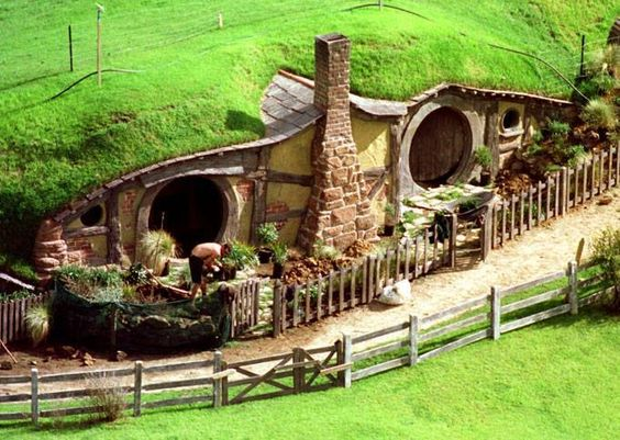 Set of Lord of the Rings film near Hamilton, New Zealand. A real hobbit  house - awesome ;) #LordOfTheRings #HobbitHouse #NewZealand | Pinterest |  Hobbit, ...