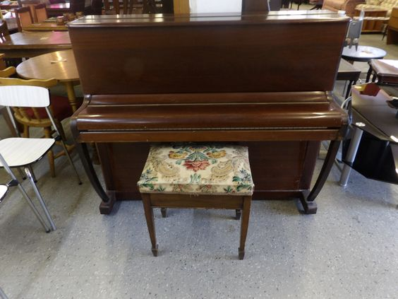 J.Hopkins & Sons 'Brasted London' Piano Local Delivery Available £65 (PC573)