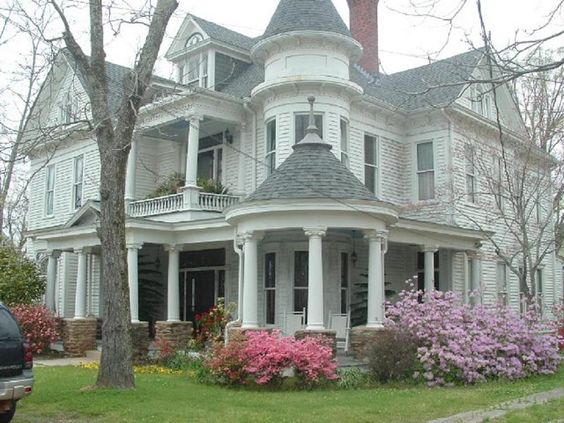 OldHouses.com - 1890 Victorian: Queen Anne - Historical Home in East Central Alabama in Roanoke, Alabama: