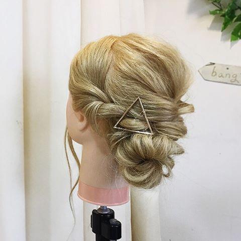 2016/11/17 19:16:08 yohei326 ヘアアレンジ⭐️🌟💫 ルーズなアレンジスタイルやりました。 . 参考になれば幸いです🙏💋 . 明日動画載せます!!🗣🔜 .  #東京#原宿#表参道#美容師#美容室#美容#ヘア#アレンジ#ヘアアレンジ#ヘアセット#ヘアメイク#スタイリング#ヘアスタイル#簡単アレンジ#アレンジ動画#cut#hair#cute#fashion #japan#tokyo#l4l#make #styling#style Anfye for prco アンフィフォープルコ #美容