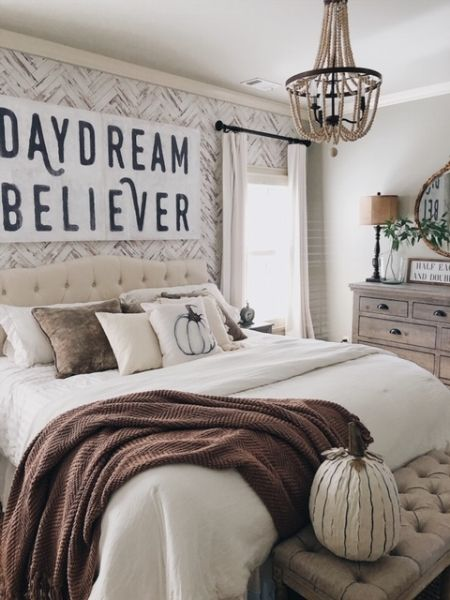 Fall Farmhouse Bedroom Design Reveal with Joss and Main #farmhousestyle #bedroomdecor #falldecor #fallbedroom #bedroominspo #cottagestyle