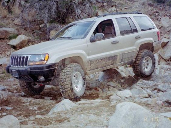 Jeep Grand Cherokee Laredo - Another favorite pastime...