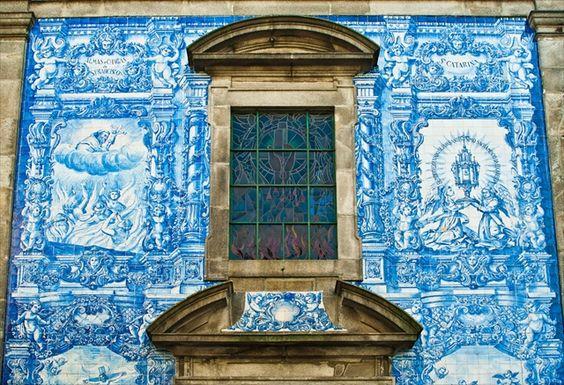 世界で最も美しい本屋と壁画、町全体が美術館のようなポルトの町|TABIZINE