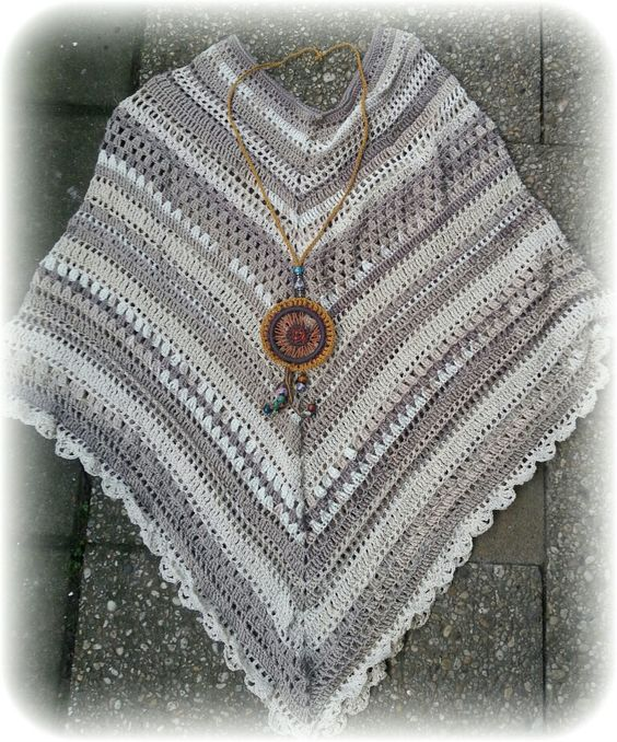 Bohemian Ibiza style poncho and necklace - crochet - Made by Moos