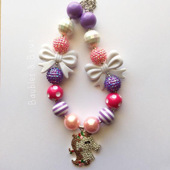 Pink and purple horse chunky beaded necklace by Baublesandbowstoo on Etsy https://www.etsy.com/listing/242296766/pink-and-purple-horse-chunky-beaded