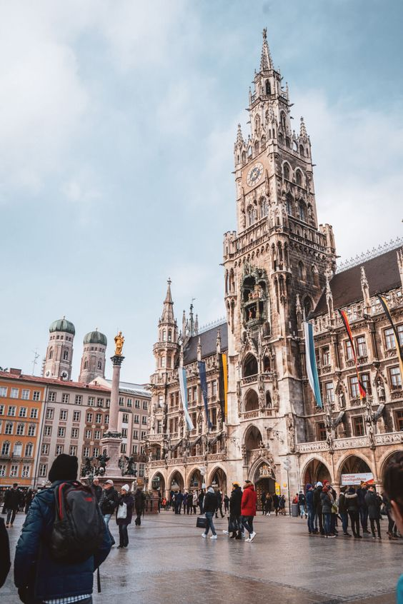 A complete Munich 1 day itinerary for when you only have 24 hours to explore Munich, Germany. Includes the best things to do in Munich, Germany, insider tips on where to go and places to see, all combined with some beautiful Munich photography. This is a must-read for anyone travelling to Munich or Germany soon! #travel #europe #germany