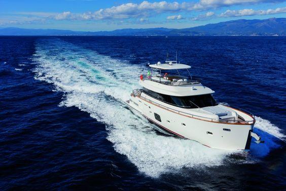 Azimut Magellano 76: Photos   Azimut Yachts official   Luxury yacht sales