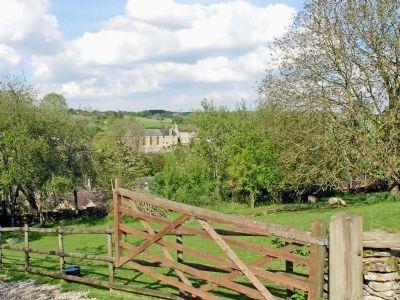 Surrounding area | Little Barn, Naunton, Cheltenham