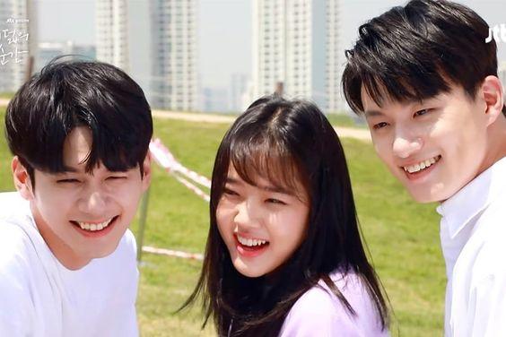 "Watch: Ong Seong Wu, Kim Hyang Gi, And Shin Seung Ho Are Adorably Awkward During Poster Shoot For ""18 Moments"""
