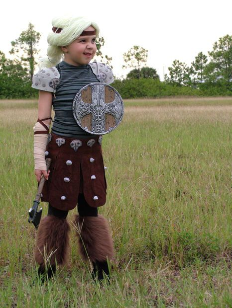 Astrid costume, Pictures of and Trains on Pinterest