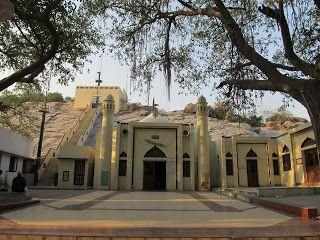 The Pallava Cave Shrine of Chennai   #IndianColumbus  http://indiancolumbus.blogspot.com/2016/05/pallavaram.html