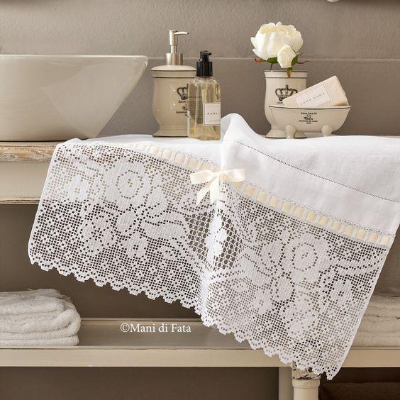 Lino e schema per asciugamano con uncinetto filet mani for Schemi bordure uncinetto per lenzuola