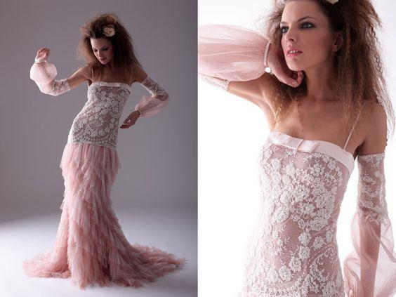 Abiti da sposa Lunghi e con Pizzo, Collezione Muse di Marina Mansanta wedding dress