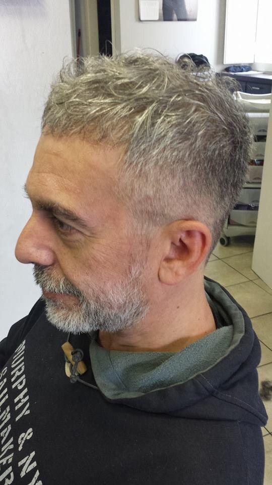 taglio capelli uomo over 40