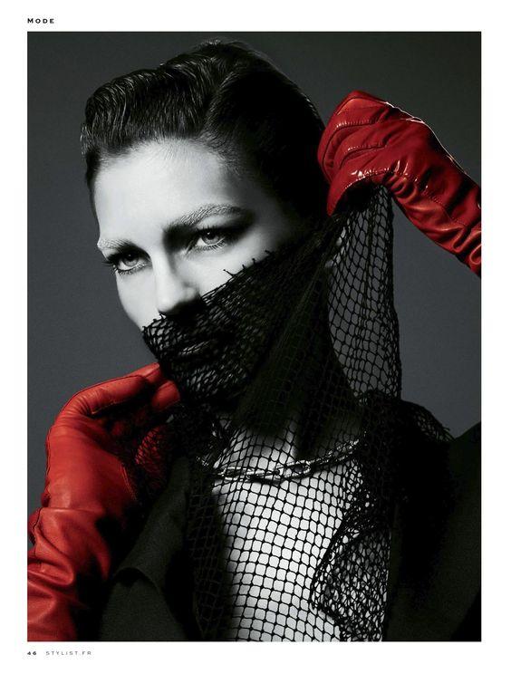 Samantha Gradoville by Txema Yeste for Stylist France #001 April 2013