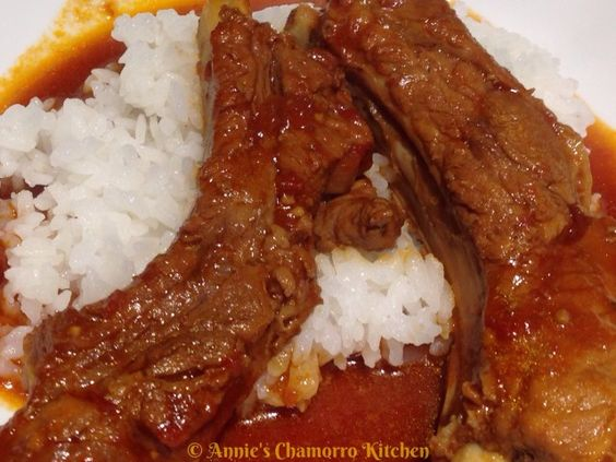 Braised Pork Ribs in Sweet Tomato Sauce