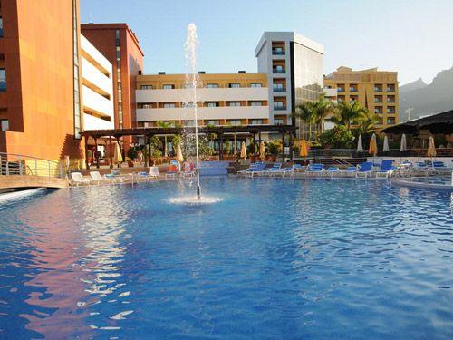 Main entrance Be Live La Niña Hotel