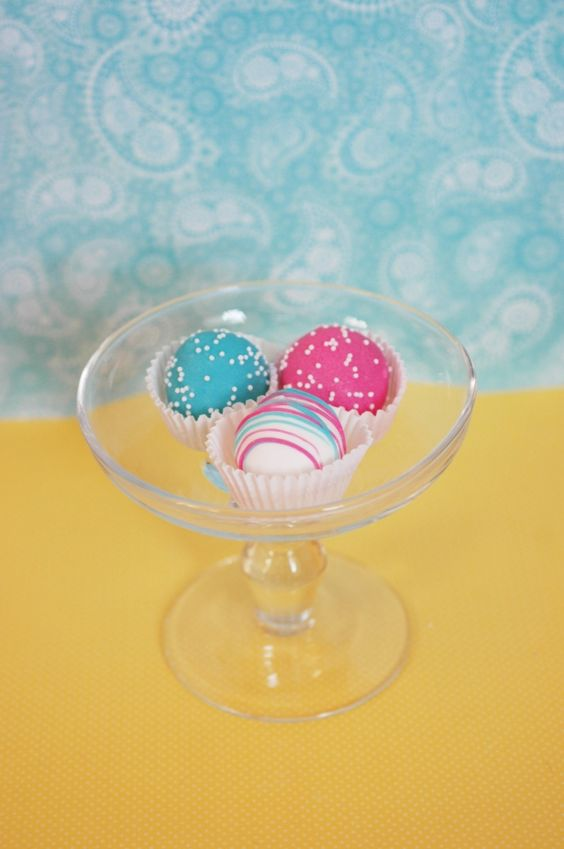 Pink & Blue Cake Pops Balls - Edible Gift Favors For Birthday Party, Wedding Or Baby Shower - 12 Pieces by Crumbtastic on Gourmly