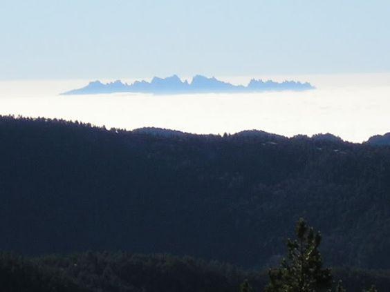 Montserrat des de la Serra d'Ensija