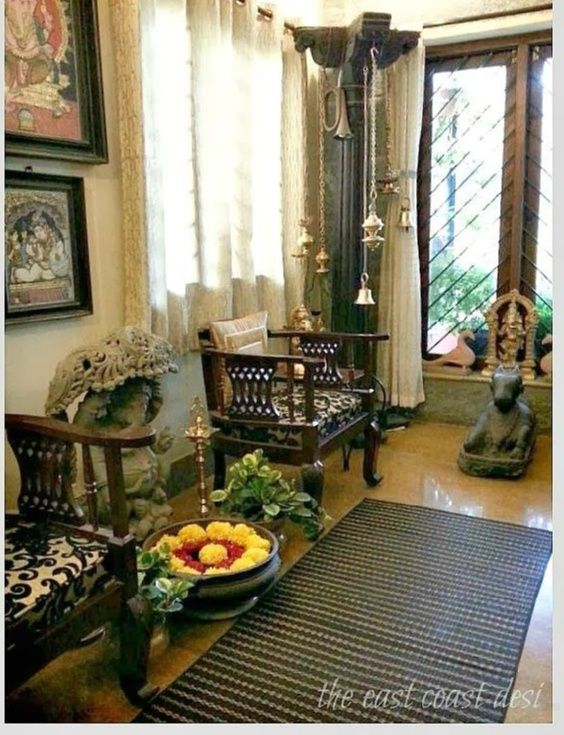 Traditional Indian Hanging Lamps Pillar Used To Display A Collection Of Brass Lamps Indian Style Decor Indian Home Decor Indian Homes Indian Home Interior