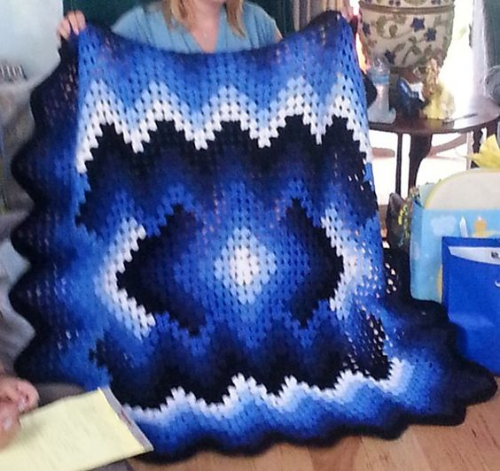 Ravelry: crazie4crochet's Drop in the Pond Lap Blanket