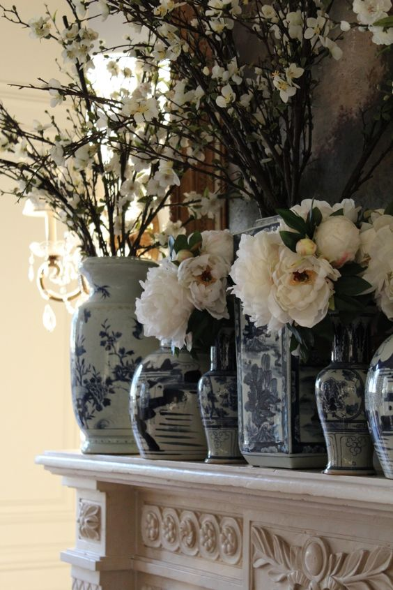 Blue and white collecting - The Enchanted Home