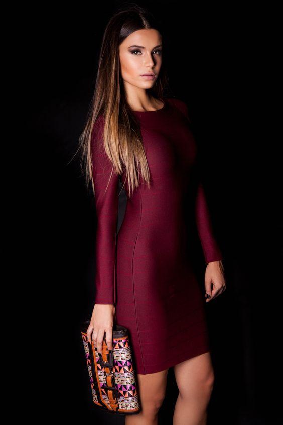 Vestido Bandagem e Carteira Ráfia Café  #lançamentogaia #gaia #linhafesta #inverno15 #bandagem #vestidobandagem #carteiraráfia #dresstoimpress #fashion #ootn #modamineira #lavibh