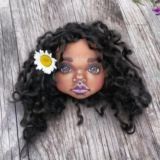 Ну вот и готова Абена;) на днях доделаю всю ;)ЗАБРОНИРОВАНА #текстильнаякукла #коллекционнаякукла #мулатка #blackgirl #artdoll #clothdoll #мастеркрафт #mysolutionforlife